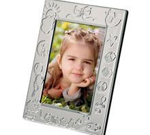 "Fotorahmen ""Baby"" 10x15, versilbert:   Fotorahmen ""BABY""versilbert, anlaufgeschützt  Außenmaß: 13,5x17cm- Fotofo"