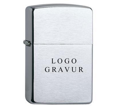"Zippo reg.chrom geb. inkl. Lassergravur ""Logo"":      ZIPPO Sturmfeuerzeug  ""Regular chrom gebürstet""   Inkl. Lasergravur"